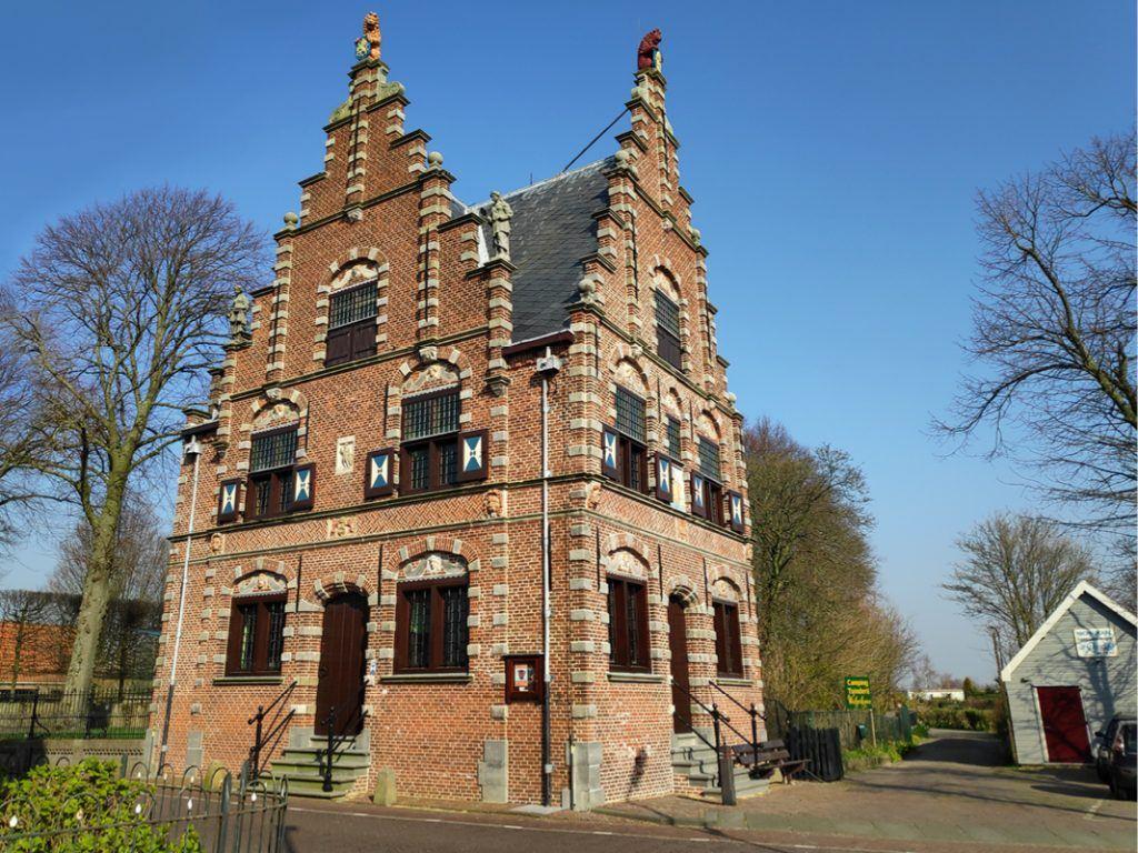 Herman Dibbets, oud medewerker Stedelijk Museum, over de geschiedenis van het Doelenveld