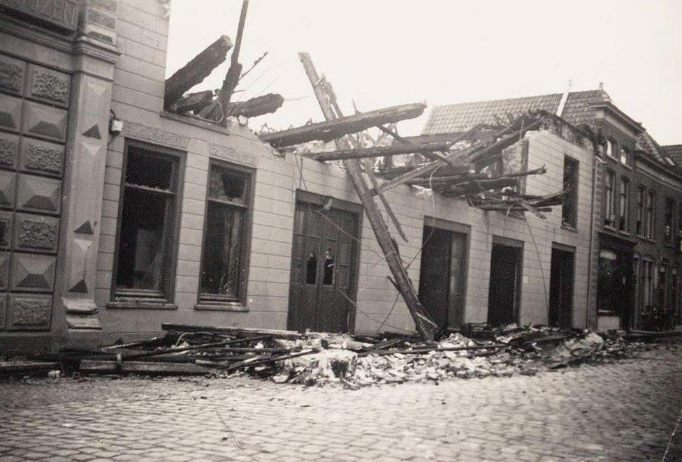 Het oude Wapen van Heemskerk is in 1938 door een brand volledig verwoest