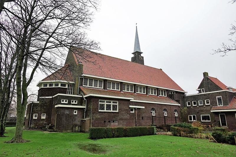 De Sint Michaëlkerk in Zuidschermer