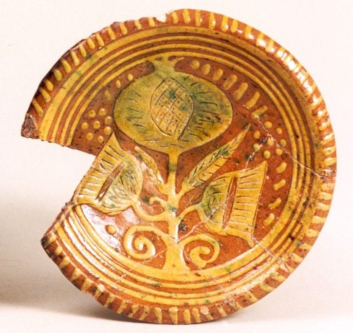 17e-eeuws misbaksel van pottenbakkerij aan Verdronkenoord
