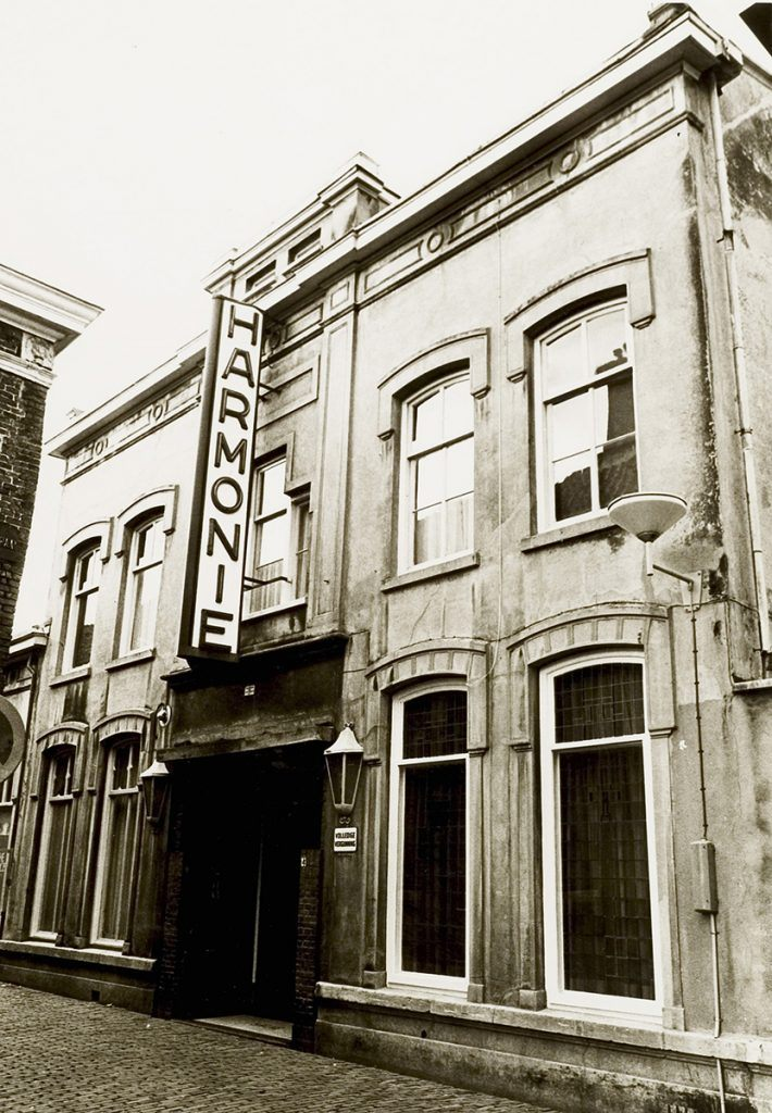 Kleuronderzoek Harmonie 1974 bioscoop Harmonie hoge deel Lombardsteeg